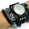 שעון שמות מתלפף מעור שחור וניטים
